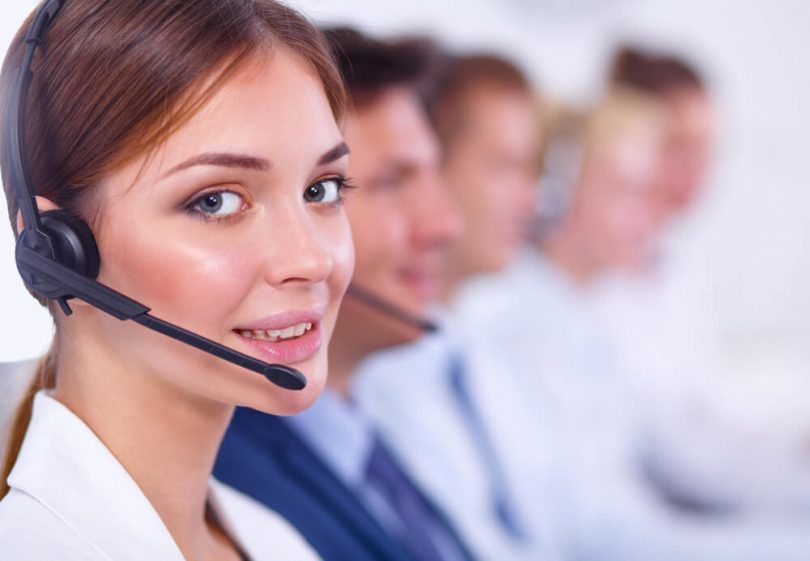 Televendedora o profesional de un call center - Telemarketing